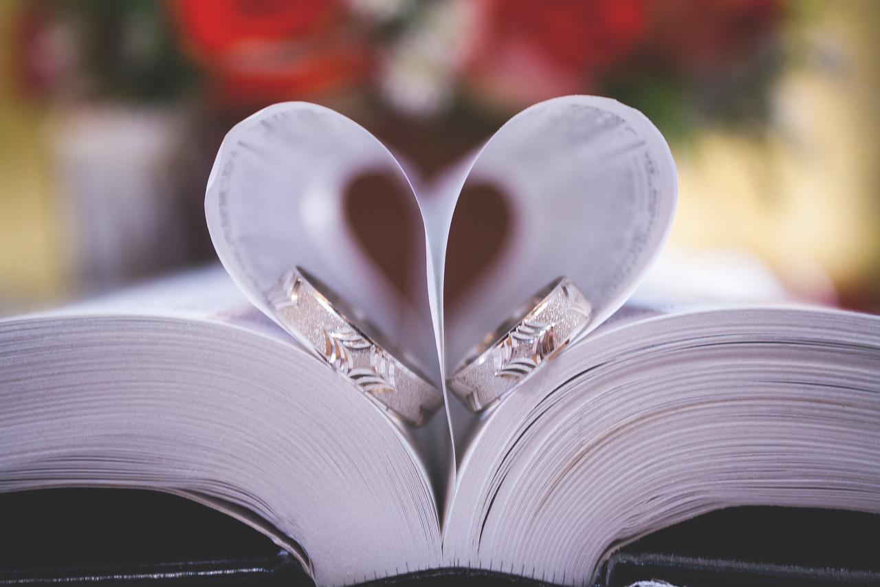 Könyves esküvő, nem csak fanatikusoknak