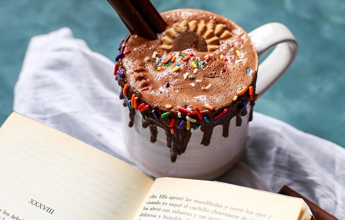 Testet melengető forró csokik, lelket feltöltő könyvekhez